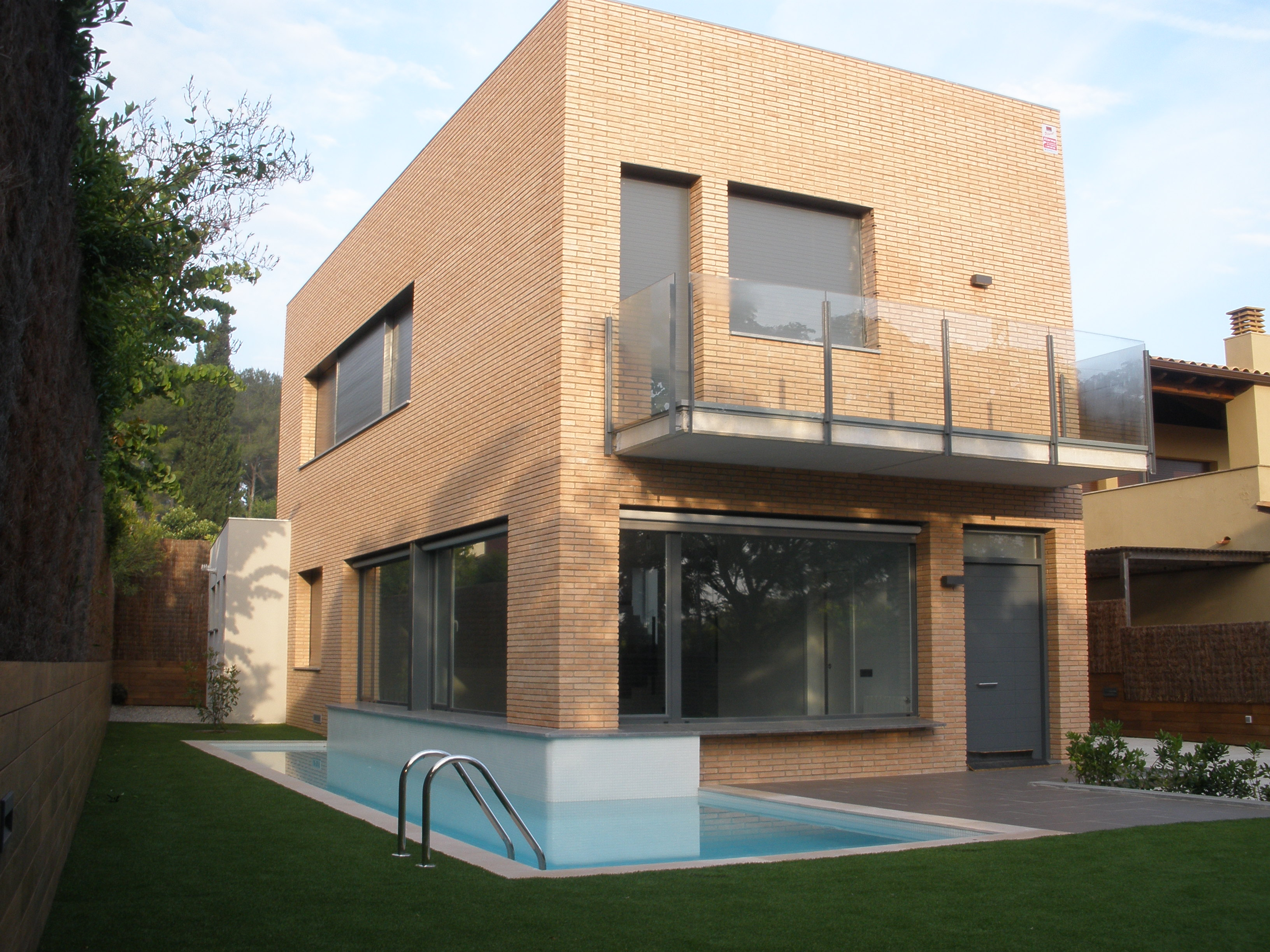 Ampliación de vivienda unifamiliar en Valldoreix.   Realizada con Eupalia SL. Manuel Abad Gurría y Laura Bastida Forns.