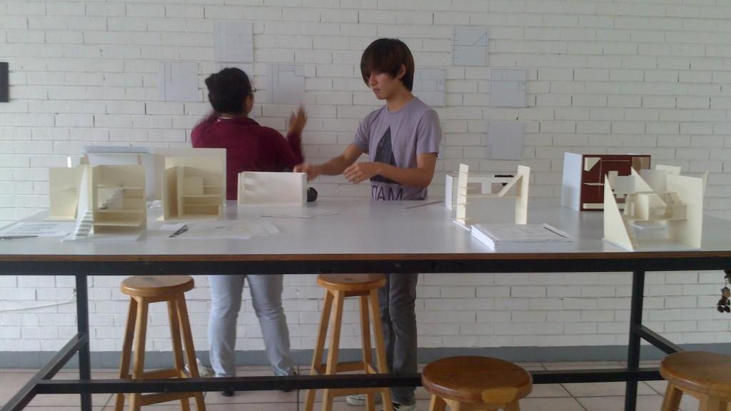 Sesiones de clases en LaSalle College International Monterrey.   Profesora de diseño de interiores. Directora de la carrera. Mayo 2013 – Actual